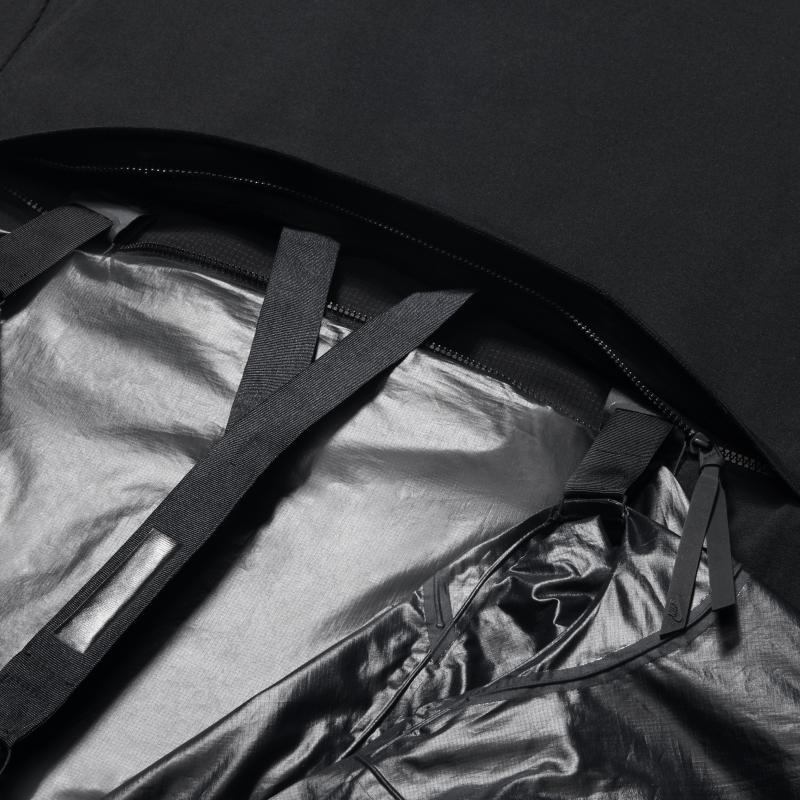 NikeLab_Transform_Jacket_detail_1_original_o68znp